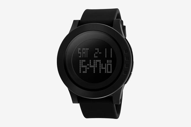 Montres minimalistes - FULL BLACK numérique