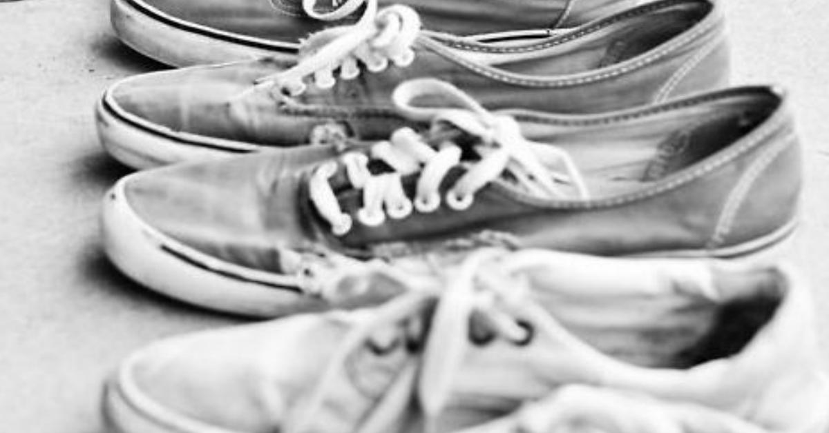 8 paires de baskets en toile pour les hommes, les vrais